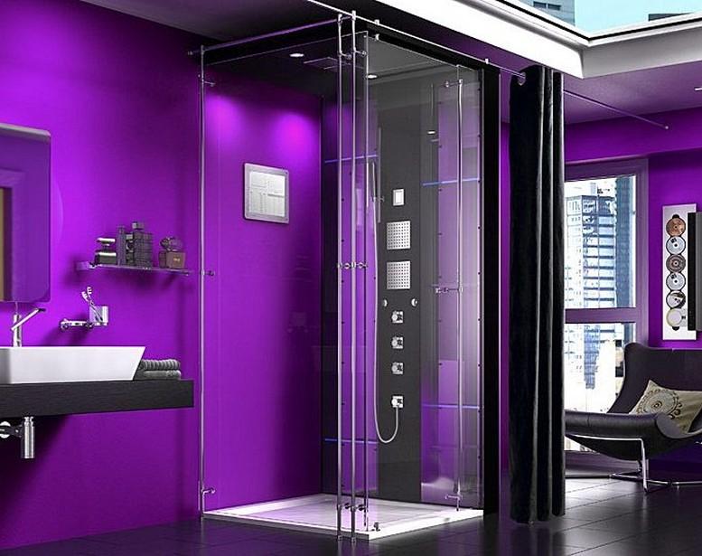Ванная комната фиолетового цвета с душевой кабиной