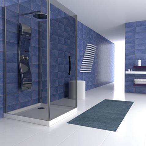 Просторная синяя ванная комната