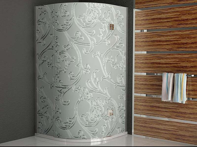 Ванная комната с дамасскими узорами