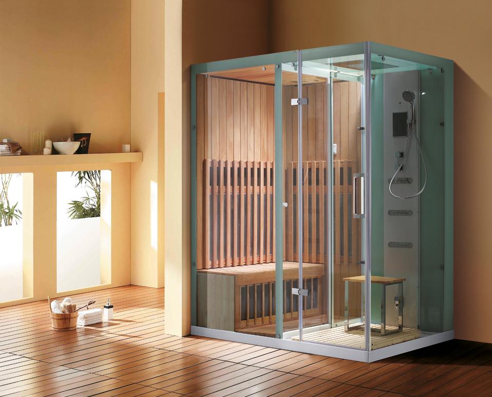 Ванная комната с деревянной сауной