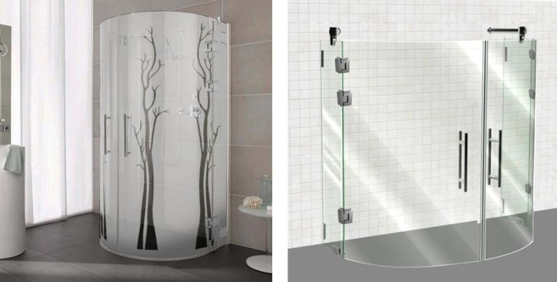 Ванная, оформленная белым кафелем и узорами
